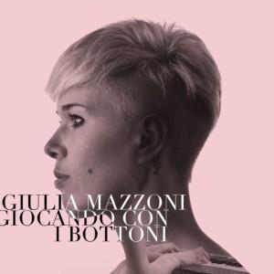 Giulia Mazzoni_cover_Giocando con i bottoni_b